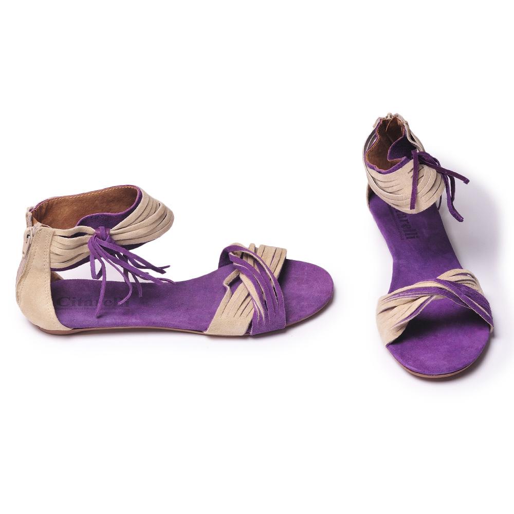 Бежевые босоножки на каблуках. 2