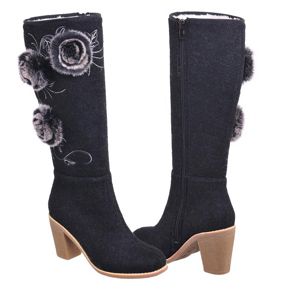 Купить Валенки с мехом черные на каблуке с меховыми цветами Admlis.