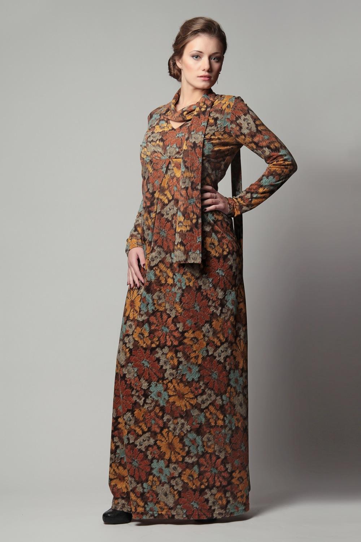 Сегодня при пошиве вечерних платьев используются шёлк, атлас, трикотаж, велюр, бархат, и шерсть. Очаровательно и оригинально смотрятся не только длинные