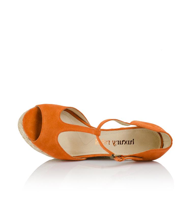 Купить мужские низкие кроссовки от 1 310 руб в интернет